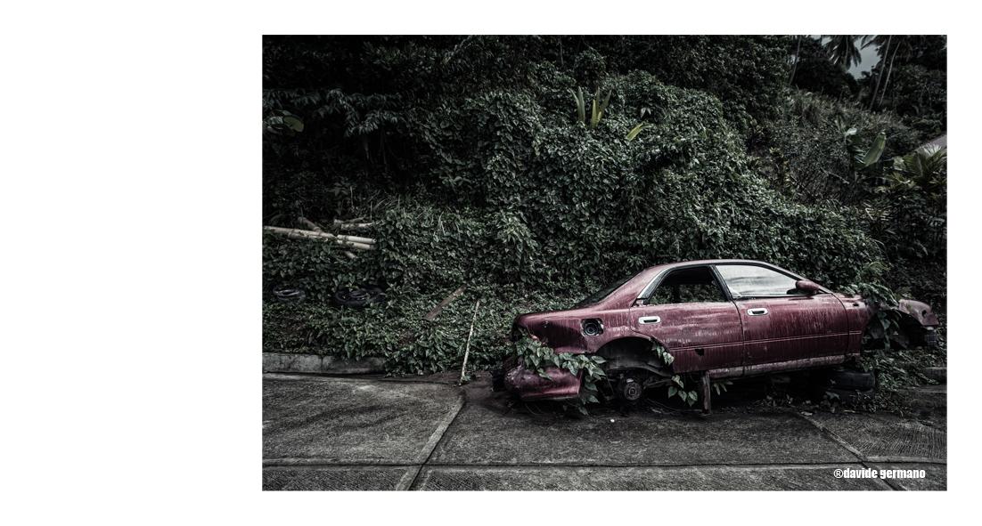 02-abandoned-cars.jpg
