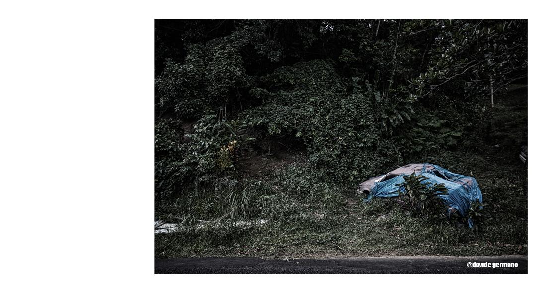 08-abandoned-cars.jpg